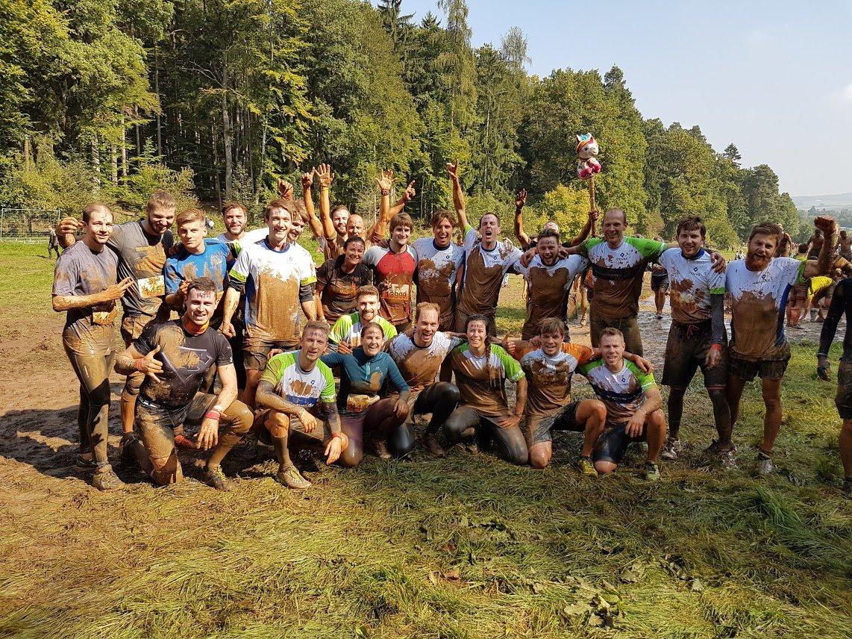 inovex Sport Team beim Tough Mudder Bild