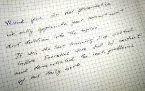 Ein Zettel mit einem handgeschriebenen Dankeschön für ein erfolgreiches Training