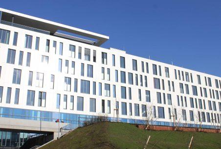 Außenansicht des Bürogebäudes