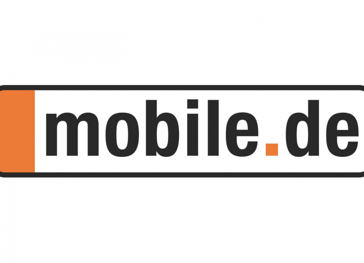 mobile.de: Use Cases for Online Portal Recommendations Using Data Products